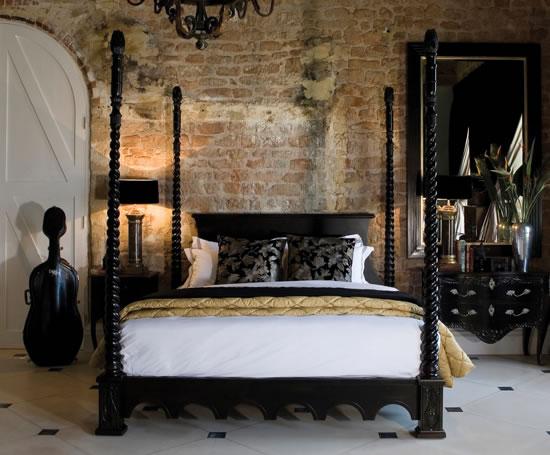fantastic-poster-bed-2-e3iAg