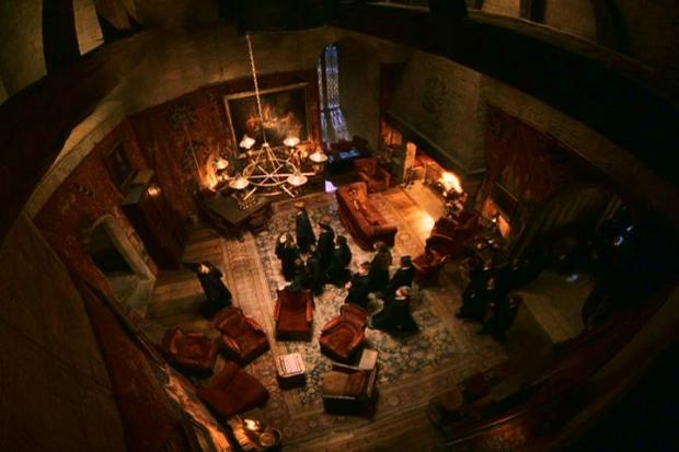 Gryffindor_Common_Room (1)